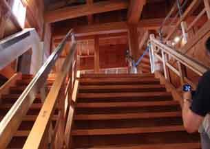 菱櫓階段5871.JPG