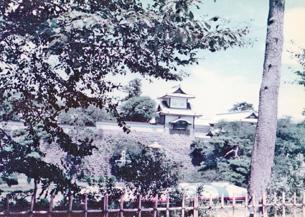 石川門続櫓.jpg