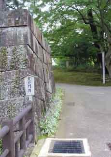 裏口門跡石垣5924.JPG