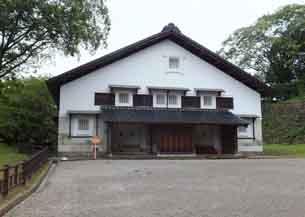 鶴丸倉庫4170.JPG